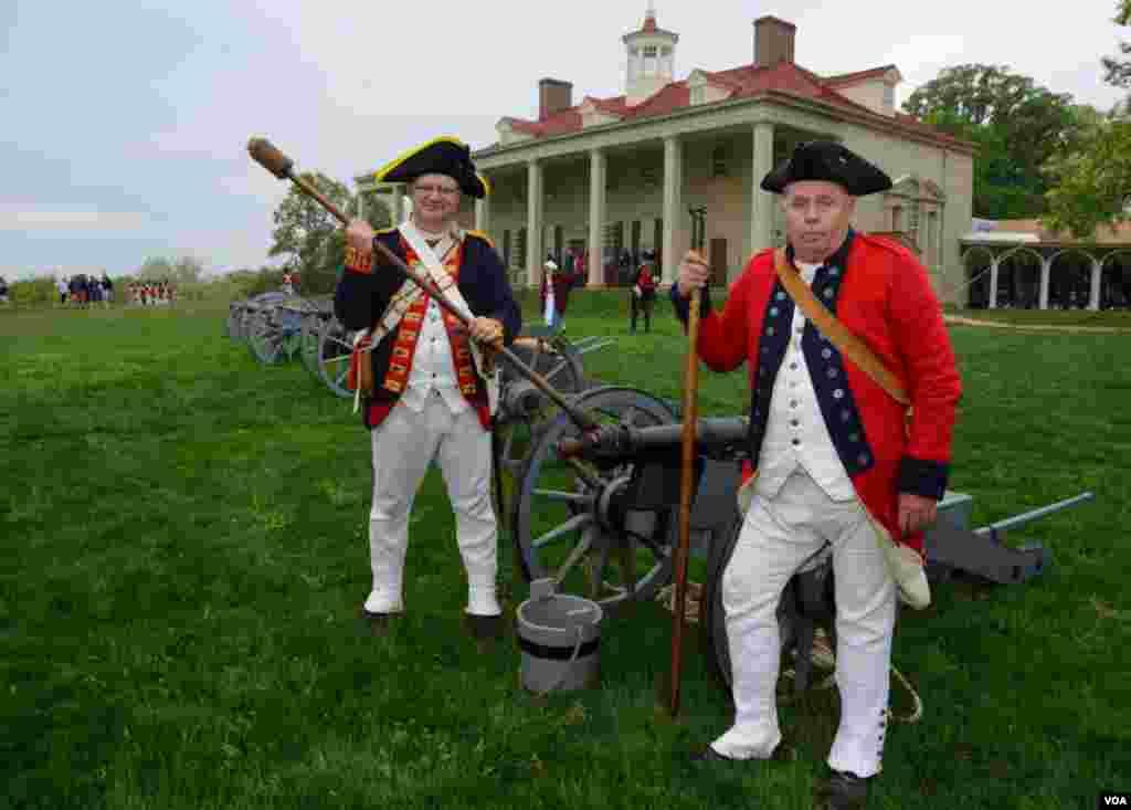 Артиллеристы. На холме усадьба первого президента США