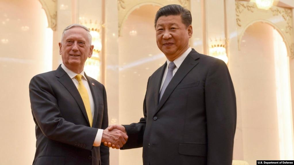 美國防部長馬蒂斯與中國國家主席習近平在人民大會堂會面(2018年6月27日)。