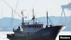 Lượng cá mà tàu Trung Quốc đánh bắt trên thực tế cao hơn gấp 12 lần con số chính thức.