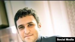 الشن مرادی، دومین استاد بزرگ شطرنج ایران که در آمریکا سکونت دارد،از سال ۲۰۱۷ با پرچم ایالات متحده آمریکا در مسابقات بینالمللی حاضر می شود.