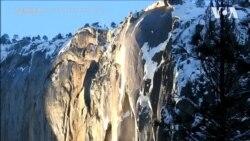"""Приголомшливе явище: """"вогняний водоспад"""" в Каліфорнії. Відео"""