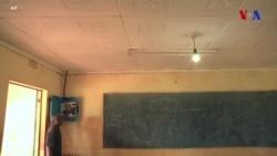 Günəş enerjisi ilə çalışan çamadan məktəb otaqlarına işıq gətirir