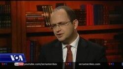 Intervistë me Ministrin e Jashtëm, Ditmir Bushati