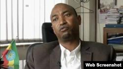 Obbo Ahmed-siraaj Misbah, Ministeera Barnootaa Itiyoophiyaatti bakka bu'aa daayreekteera koominikeeshinii