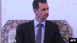 Siri, thirrjet për dorëheqjen e al Assadit ndeshin në përgjigjen e armëve të zjarrit