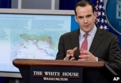 IŞİD'le Mücadele Koalisyonu'nun eski temsilcisi Brett McGurk. McGurk Biden yönetiminde Ulusal Güvenlik Konseyi Orta Doğu ve Kuzey Afrika Koordinatörü