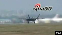 Novi kineski borbeni avion J-20, za kojeg se tvrdi da je nevidljiv za radar