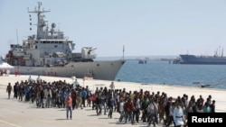Los inmigrantes llegan a puertos europeos en busca de asilo