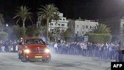 """Pristalice libijskog predsednika okupile su se u Tripoliju istovremeno dok aktivisti opozicije održavaju skup nazvan """"nacionalni dan gneva"""""""