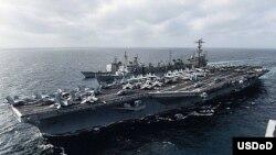 Kapal induk AS USS John C. Stennis berlayar di Laut China selatan Maret 2016 lalu (foto: dok). Angkatan Laut AS menyatakan kesediaan untuk membantu mengamankan perairan di kawasan ASEAN.