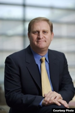 哥伦比亚大学法律教授纳特•佩尔西利
