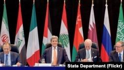 John Kerry da wasu manyan kasashen duniya