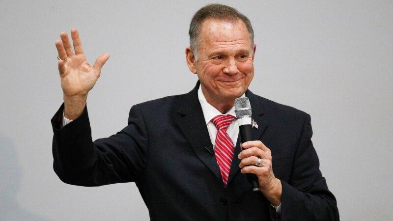 Moore Tolak Seruan Partai Republik agar Kandidat Senator AS itu Mundur