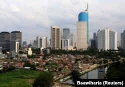 Pemandangan udara dari kawasan bisnis di Jakarta. (Foto: REUTERS/Beawiharta)