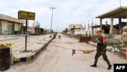 ادلب کے قصبے سراقب کا ایک منظر۔