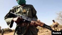 Sommet du G5 Sahel: l'absence de l'État facilite le terrorisme, selon Seidik Abba