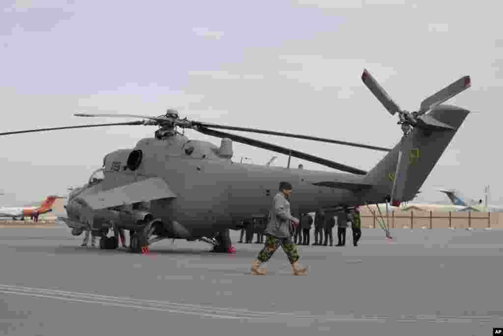 یازده سال پس از آغاز تلاشهای امریکا برای بازسازی نیروی هوایی افغانستان که نزدیک به ۸ میلیارد دالر هزینه برداشته است، این نیروها هنوز با چالشهای اساسی روبرو هستند.
