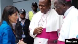 Nikki Haley, représentante permanente américaine aux Nations Unies, rencontre les évêques de la Conférence épiscopale nationale du Congo (Cenco) à Gombe, Kinshasa, 27 octobre 2017.