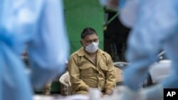 قرنطینہ میں رکھا گیا ایک شخص