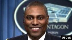سرهنگ رابرت (راب) منینگ، از سخنگویان وزارت دفاع ایالات متحده (پنتاگون) - آرشیو
