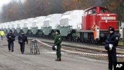 一列來自法國的載有核廢料的火車。