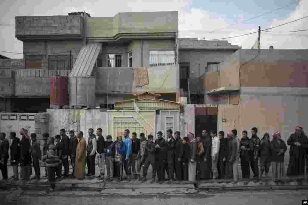 اقوام متحدہ کے مطابق مغربی موصل سے باہر آنے والے لوگوں کی تعداد اور انخلا کی رفتار مشرقی حصے کے مقابلے میں بہت زیادہ ہے۔