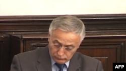 Krasniqi: Ka disa mundësi për zgjidhjen e çështjes së imunitetit të deputetëve
