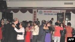Hội Người Việt Cao Niên vùng Hoa Thịnh Đốn là một trong những hội đoàn được thành lập sớm nhất tại vùng Washington D.C, Maryland và Virginia