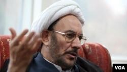 Əli Yunesi keçmişdə İranın kəşfiyyat naziri işləyib.