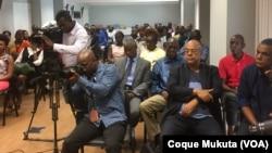 Jornalistas debatem situação do sector