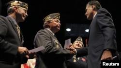 Mitt Romey habló a los veteranos en una convención de la Legión Americana en Indianápolis.