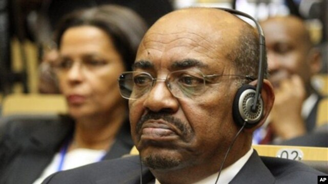 Sudan's President Omar al-Bashir attends the African Union summit in Addis Ababa, Ethiopia, July 15, 2012.