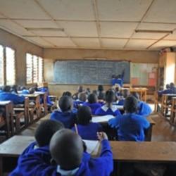 Polícia no Sumbe descobre causa de desmaios escolares - 1:41