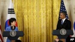 Barak Obama i Park Geun-Hje na zajedničkoj konferenciji za novinare u Beloj kući