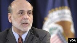 El presidente de la Reserva Federal, Ben Bernanke, ha dicho estar preparado para actuar si la tasa de desempleo sigue siendo alta.