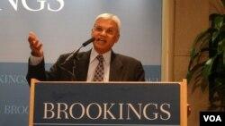 卡內基和平研究所南亞項目資深研究員特利斯