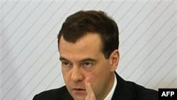 Медведев подписал указ о санкциях против Ливии