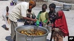 Des enfants du Sud de la Somalie à Mogadiscio la capitale