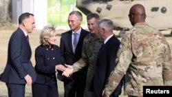 د امریکا د دفاع وزیر جیم متیس افغانستان، هند او قطر ته د امریکا د ملاتړ په هکله ډاډ ورکړی دی
