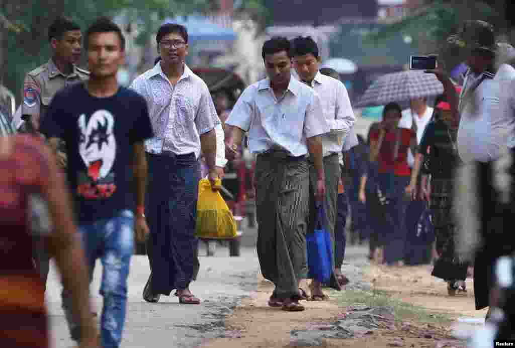 Wa Lone na Kyaw Soe Oo bariko basohoka ibohero