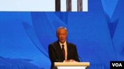 新加坡国防部长黄永宏6月3日在香格里拉对话上发言