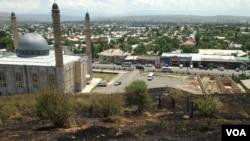 Sulaymon to'g oldidagi masjid