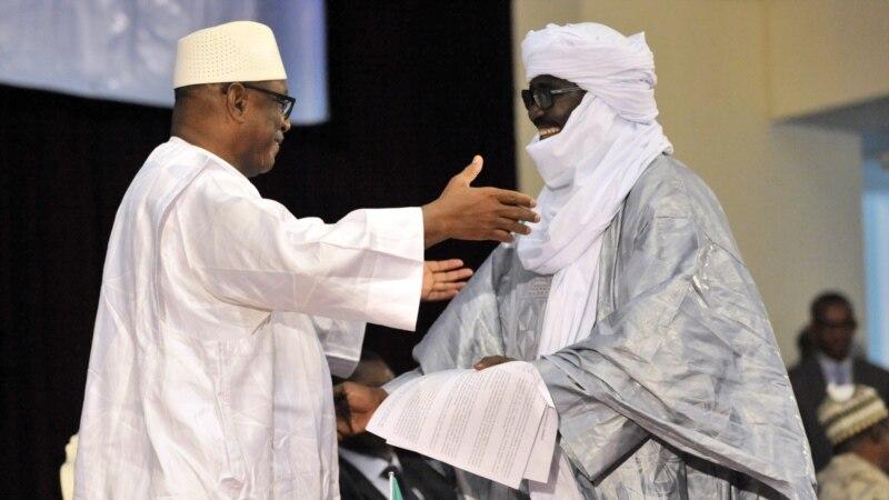 Mali : accord de cohabitation à Kidal entre ex-rebelles touareg et coalition pro-régime