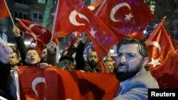 Турецькі демонстранти в Нідерландах