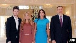 """Azərbaycan prezidenti və xanımı Eurovision-2011"""" mahnı müsabiqəsinin qaliblərini qəbul edib"""