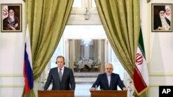 لاور.ف و ظریف در کنفرانس خبری ۱۱ دسامبر ۲۰۱۳ در تهران