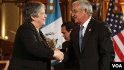 La secretaria de Seguridad Nacional estadounidense, Janet Napolitano, volvió a manifestarse contra de la despenalización del consumo de drogas.