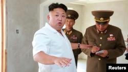 """El líder de Corea del Norte, Kim Jong Un, también amenazó a EE.UU. con tener """"serias consecuencias"""" si Washington no acepta investigar el conjunto el ciberataque a Sony Pictures."""
