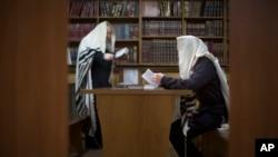 В синагоге Донецка