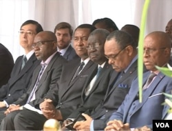 Senior Cameroon officials are seen at the inauguration ceremony, in Yaounde, Cameroon, Dec. 3, 2018. (M. Kindzeka/VOA)